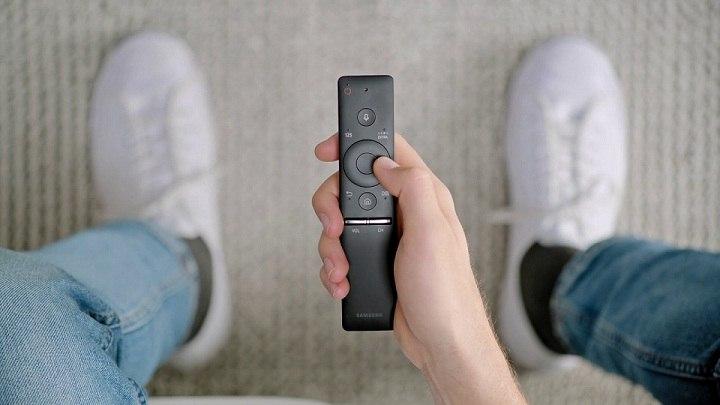 One Remote, mando a distancia con tecnología única para televisores QLED TV de Samsung
